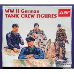 ACADEMY_ WWII GERMAN TANK CREW FIGURE SET_ 1/35