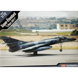 """ACADEMY_ F-117A STEALTH ATTACK BOMBER. THE """"GHOST"""" OF BAGDAH_ 1/72"""