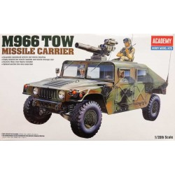ACADEMY_ M1025 ARMORED CARRIER_ 1/35