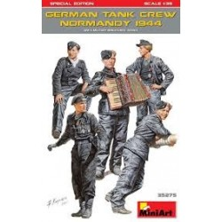 "GERMAN TANK CREW "" afrika korps""  1:35"