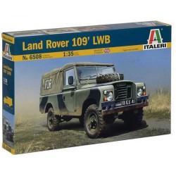 "ITALERI_ LAND ROVER SERIES III 109 ""GUARDIA CIVIL""_ 1/35"