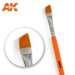 AK_ Pincel Diagonal para Weathering