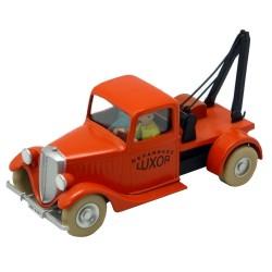 """TIN29511_  El camión de remolque Luxor """"el cangrejo de las pinzas de Oro"""""""