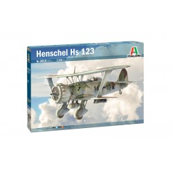 Italeri_ Henschel Hs 123_ 1/48 caja