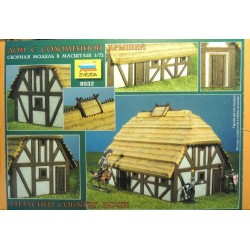 ZVEZDA_THATCHED COUNTRY HOUSE_1/72