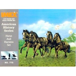 HORSE AND HARNESS SET